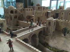 Jerusalem Christmas Village Display, Christmas Villages, Christmas Nativity, Pottery Houses, Ceramic Houses, Fontanini Nativity, Model Village, Planet Coaster, Fantasy Model
