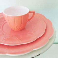 hazel atlas pink dinnerware---so sweet. I confess...I'm a dish addict (among other things...) and I have at least 5 sets of dishes right now...but I would make room for these!!!
