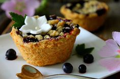 Kakkuviikarin vispailuja!: Pienet mustikkapiirakat