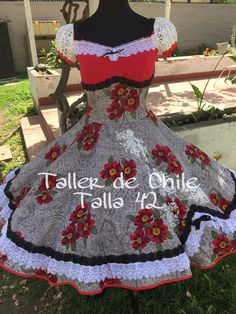 Ves Chile, Square Dance, Dance Dresses, Womens Fashion, Vintage, Outfits, Clothes, Folklorico Dresses, Flowergirl Dress