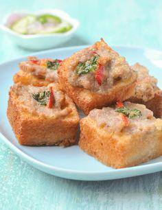 Thai Pork Toast   Khanom Pang Na Moo   ขนมปังหน้าหมู