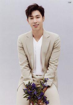 Yunho TVXQ ❤❤ Tvxq Changmin, Jung Yunho, Asian Celebrities, Celebs, Sexy Asian Men, Asian Guys, Park Yoo Chun, Celebrity Singers, Chang Min