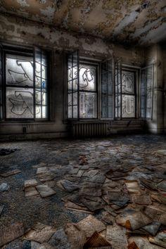 Geoffrey Vail Brown Fine Art Figure Studies - Wurlitzer Building - Scattered Papers
