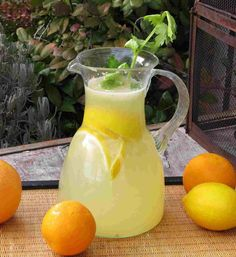 Homemade Limonade is the perfect summer drink :D