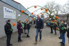Foto's van de opening in Helmond, Noord-Brabant (23 jan 2017 – Vermeld bij gebruik: De Schoolschrijver door Boyd Smith Photo.