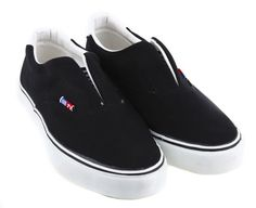 6273b7afb Half-fly Black  I m loving these chic slip-ons. And