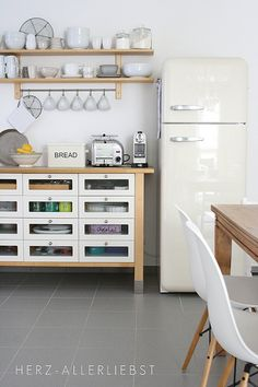 Smeg fridge, IKEA VARDE cabinet and shelf Ikea needs to bring back the varde kitchen island. Kitchen Interior, New Kitchen, Kitchen Design, Kitchen Unit, Kitchen Tops, Wooden Kitchen, Kitchen Shelves, Kitchen Island, Kitchen Ideas