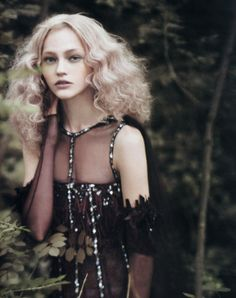 "Fairytale fashion fantasy / karen cox.  ♔ ""Couture Memoirs"". Sasha Pivovarova by Paolo Roversi"