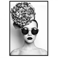 Black and white portrait of beautiful lady with hydrangea - stock photo Petunias, Francesco Scavullo, Cool Captions, Canvas Art Prints, Black And White Photography, Pop Art, Royalty, Perfume, Fine Art
