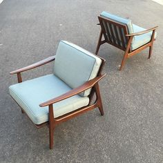 Pair of 1950s Japanese wood frame lounge chairs completely restored/reupholstered. $1200 for the pair. Now available at Post-War Modern #midcentury #midcenturymodern #midcenturyloungechair #1950s #japanesemodern #interiordesign #vintagemodern #redlands #postwarmodern