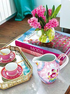 pink accents   Sonia Reixach Interior Design