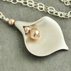 Calla Lily Necklace Flower Pendant Necklace by MyDistinctDesigns, $29.00