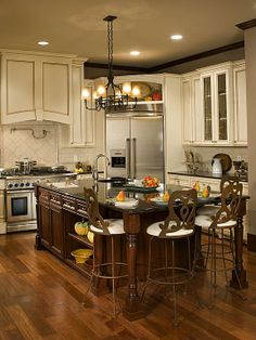 Traditional Kitchen - Find more amazing designs on Zillow Digs ... on traditional home great kitchens, zillow homes with pools, zillow great mediterranean kitchen, zillow kitchen remodels, zillow small kitchens, traditional home magazine kitchens, zillow design,