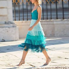 Sex Fashion Tassels Color Gradient Design Two Pieces Suit – streettide Casual Dresses, Fashion Dresses, Fringe Dress, Vogue Fashion, Gradient Color, Dress Patterns, Dress To Impress, Style Inspiration, Gandhi