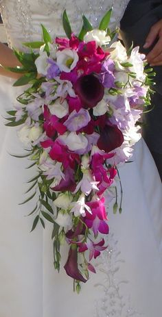 Cascading bouquet. This is different. But i kinda like it