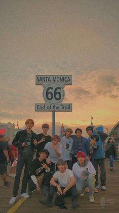 Still sure that Winwin just a plain and funny person? J Pop, Jaehyun Nct, Nct Taeyong, Winwin, Kpop Wallpaper, Screen Wallpaper, Ntc Dream, Nct Group, Jung Yunho