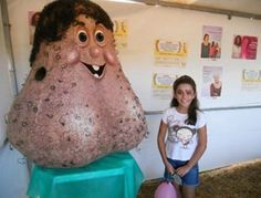 """Bellyitch: """"Mr Balls"""" is Brazilian cancer awareness group's graphic mascot (PHOTOS)"""