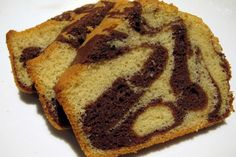 WW Light Marbled Cake, a delicious and lovely vanilla and chocolate cake, easy and easy to make for afternoon tea. Source by stephanielaffag Ww Recipes, Diabetic Recipes, Weigh Watchers, Cake Factory, Ww Desserts, Marble Cake, Healthy Cooking, Food Porn, Food And Drink