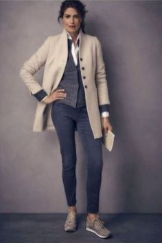 Casual Work Outfits For Women Over, If you don't have the appropriate outfits, you're going to be the laughingstock of the game. When it has to do with smart casual outfits, you want to . Fashion For Women Over 40, Fall Fashion Trends, Fashion Over 50, Look Fashion, Autumn Fashion, Funky Fashion, Work Outfits Women Over 50, Petite Fashion, Cheap Fashion