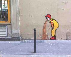 McVómito, e Paris #contrapublicidad