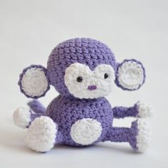 An adorable monkey amigurumi pattern that's easy to figure out!