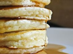 My favorite pancake recipe ever! - This recipe is the best ! The lemon zest add so much ! Breakfast Pancakes, Breakfast Dishes, Best Breakfast, Breakfast Recipes, Pancake Recipes, Breakfast Ideas, Breakfast Club, Sour Cream Pancakes, Buttermilk Pancakes