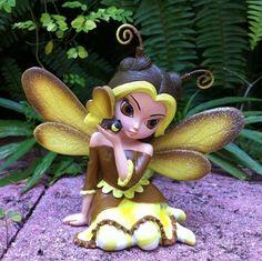 Cute as a Bug figurine by Jasmine Becket-Griffith
