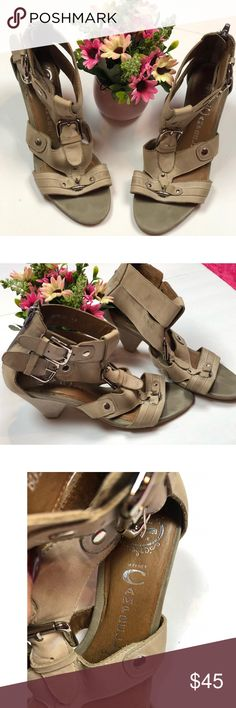 Jeffrey Campbell Leather Sandals Jeffrey Campbell Tan Sandals Beautiful casual summer/spring shoes! Preloved condition Size 7.5 Leather Mild scuffs shown in photos Jeffrey Campbell Shoes Sandals