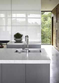 Greys, greige and grays seem to be everywhere nowadays. Grey kitchens seem to be the rage as well. How to do a great grey kitchen that would look enticing and not dull? Cool grey or warm grey? Modern Grey Kitchen, Grey Kitchens, Home Kitchens, Kitchen Contemporary, Contemporary Design, Kitchen Interior, Home Interior Design, Interior Architecture, Kitchen Decor