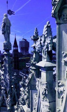 In alto sul Duomo Foto di Stefano Pavan #milanodavedere Milano da Vedere