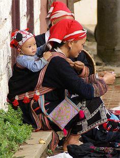Babywearing around the world