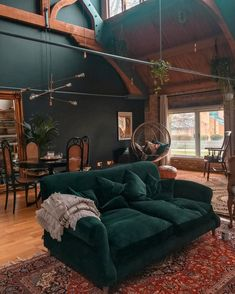 What a nice livingroom. Squishy, dark and handsome, we're head over heels for snap of her Crumpet sofa Living Room Goals, Living Room Art, Living Room Designs, Green Velvet Sofa, Green Sofa, Room Color Schemes, Room Colors, Teal Rooms, Interior Design