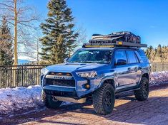 10 Basic Things Every Car Owner Should Know It's so easy to get a car these days. Toyota Trucks, Lifted Ford Trucks, 4x4 Trucks, Overland 4runner, Toyota 4runner Trd, Adventure Time, Toyota Girl, Truck Bed Camper, Tacoma Truck