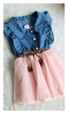 This little girl and toddler denim and pink dress is perfect for those special occasions. This dress is perfect for birthday, photo shoots, Easter, spring, summer, and everything in between. (- Lace d