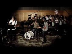 "Silverchair - Yellow Submarine [The Beatles Cover] (Live ""Like a Version"" - 23.4.2010) - YouTube"