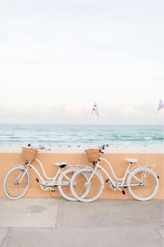 Palm Beach Travel Guide Biking and beach two amazing things that we cant wait to try! The post Palm Beach Travel Guide appeared first on Summer Diy. Collage Mural, Photo Wall Collage, Picture Wall, Beach Aesthetic, Summer Aesthetic, Travel Aesthetic, Aesthetic Pastel, Aesthetic Style, Aesthetic Beauty