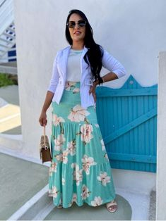 Casual Work Outfits, Mom Outfits, Skirt Outfits, Trendy Outfits, Modest Dresses For Women, Clothes For Women, African Dresses For Women, Professional Attire, Muslim Fashion