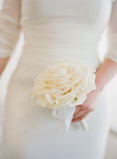 Built up rose in creamy white. So simple yet so elegant.