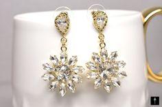 Bridal Drop Cubic zirconia earrings 925 sterling silver by BYTWINS Cubic Zirconia Earrings, Crystal Earrings, Diamond Earrings, Bridal Jewelry, Unique Jewelry, Vintage Fashion, Vintage Style, Drop, Sterling Silver