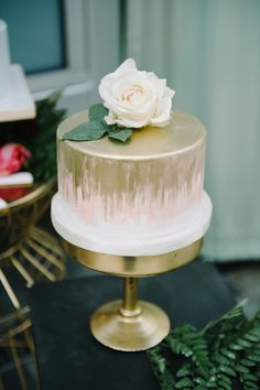 Gold Brushed Peach One Tier Wedding Cake | John Schnack Photography | http://heyweddinglady.com/succulents-sparkles-stripes-modern-socal-wedding/