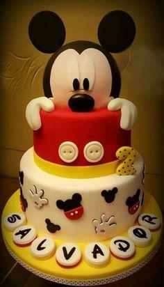 Super Cake Fondant Mickey Mouse First Birthdays 67 Ideas - Birthday Cake Blue Ideen Pastel Mickey Mouse Niño, Bolo Do Mickey Mouse, Bolo Minnie, Mickey Cakes, Minnie Mouse Cake, Mickey Mouse Clubhouse Cake, Mickey Mouse Birthday Theme, Boys 1st Birthday Cake, Mickey 1st Birthdays