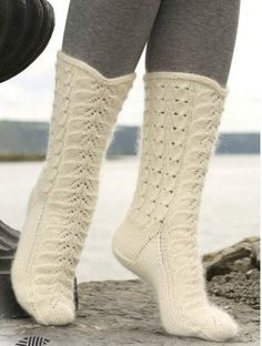DROPS socks with cables and lace pattern in Merino and Kid Silk. Free pattern by DROPS Design. Lace Knitting, Knitting Socks, Knitting Patterns Free, Free Pattern, Yoga Shoes, Magazine Drops, Knit Shoes, Crochet Socks, Slipper Boots