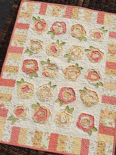 My Red Door Designs--French Roses in great colorway Rag Quilt Patterns, Applique Quilts, Baby Girl Quilts, Girls Quilts, Cute Quilts, Mini Quilts, Quilting Projects, Quilting Designs, Quilting Ideas