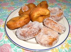 Grands Biscuit Donuts