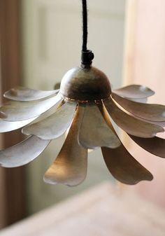 flower metal lamp