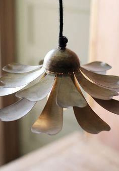 flower metal lamp