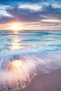 Waves on Beach in sunrise(set). Beautiful Sunset, Beautiful Beaches, Beautiful World, Beautiful Dream, Jolie Photo, Ocean Waves, Ocean Sunset, Pastel Sunset, Beach Sunrise