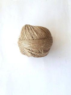 Natural Jute Twine Rope Cord Non-Polished Gift Wrap image 2 Packing Wrap, Plastic Bag Crochet, Crochet Bags, Hemp Yarn, Jute Crafts, Diy Crafts, Jute Twine, Basket Weaving, Istanbul