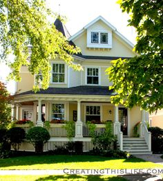Coolest Victorian House Colors Ideas, Choosing for Your Home or Office
