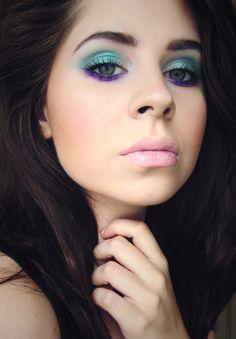 Jewel-toned eyes, nude lips